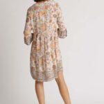 Volant-Kleid mit Gartenprint